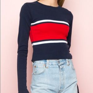 Brandy Melville Long Sleeve Fitted Tee (xs)